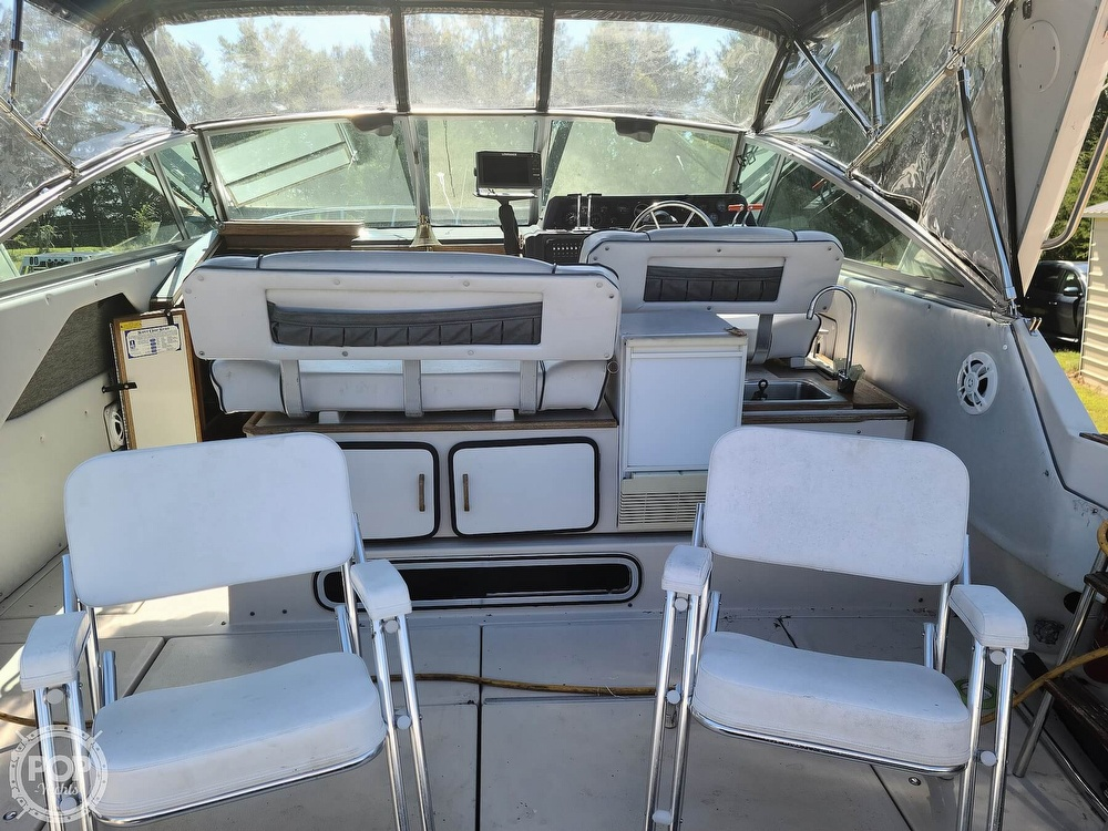 1986 Sea Ray boat for sale, model of the boat is 340 Sundancer & Image # 4 of 40