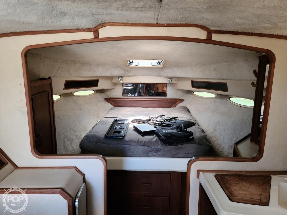 1986 Sea Ray boat for sale, model of the boat is 340 Sundancer & Image # 14 of 40