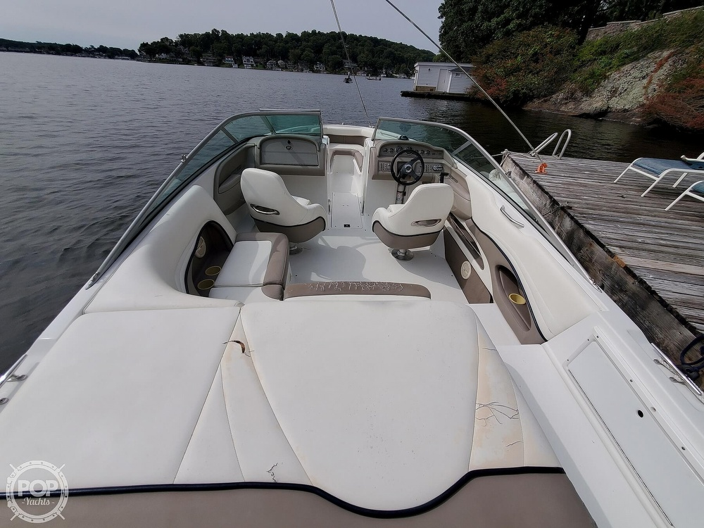 2001 Cobalt boat for sale, model of the boat is 226 & Image # 9 of 40