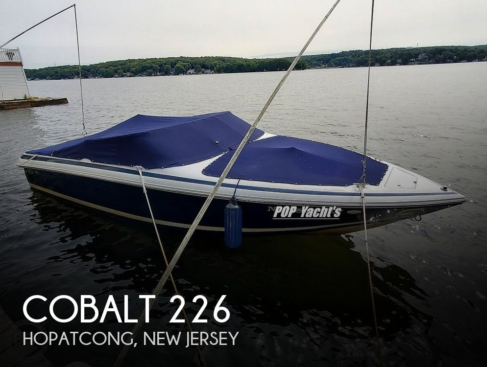 2001 Cobalt boat for sale, model of the boat is 226 & Image # 1 of 40
