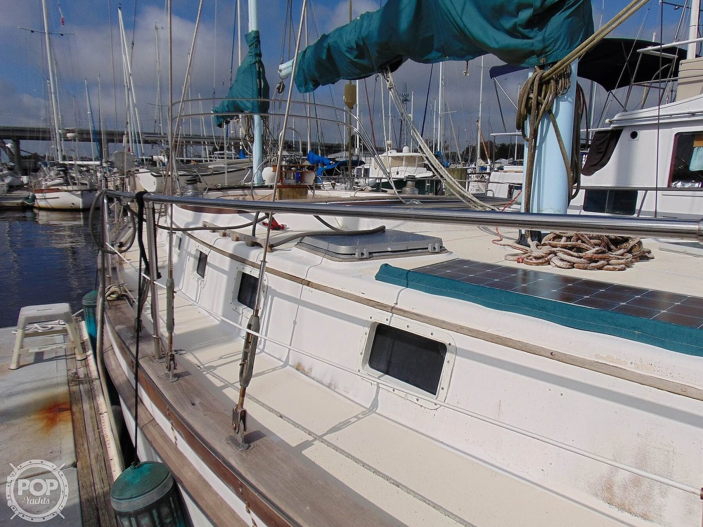 1981 Endeavour boat for sale, model of the boat is E40 & Image # 33 of 40