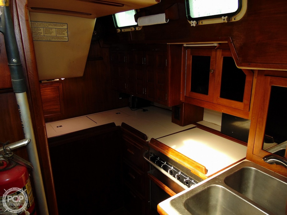 1981 Endeavour boat for sale, model of the boat is E40 & Image # 3 of 40
