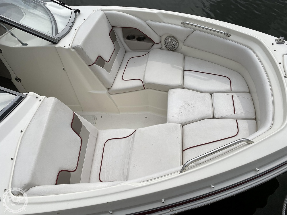 2011 Larson boat for sale, model of the boat is LXI 258 & Image # 18 of 40