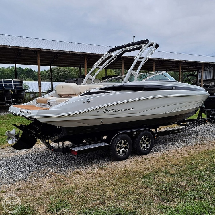 2018 Crownline boat for sale, model of the boat is 275 SS & Image # 32 of 40