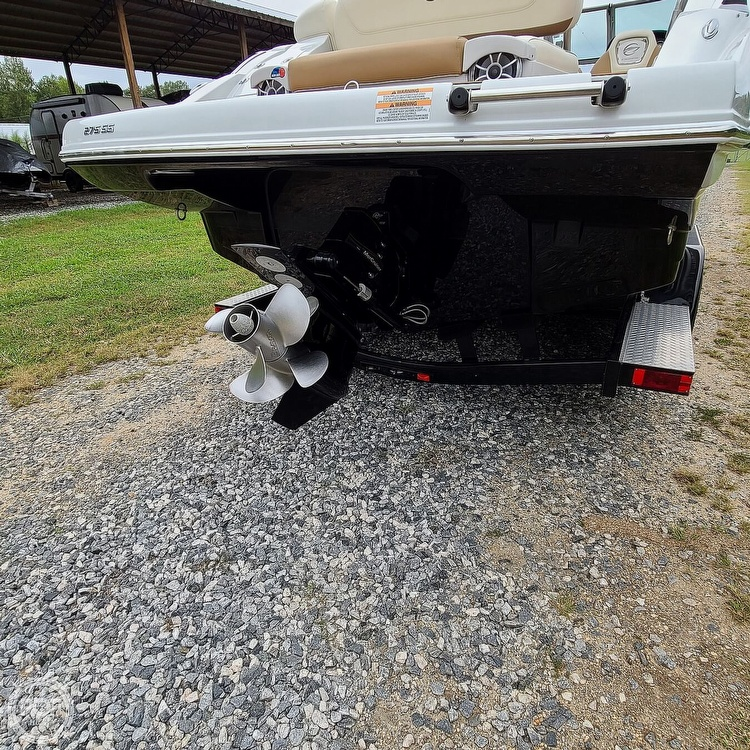 2018 Crownline boat for sale, model of the boat is 275 SS & Image # 35 of 40