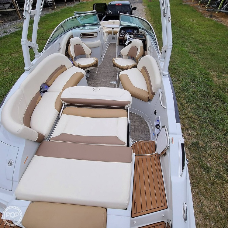 2018 Crownline boat for sale, model of the boat is 275 SS & Image # 3 of 40