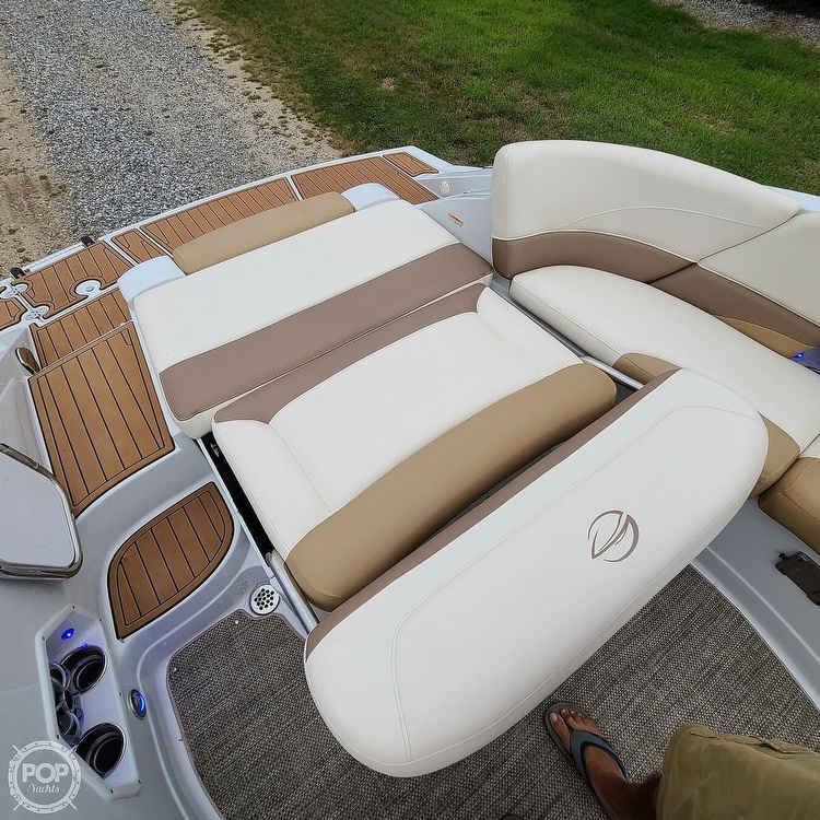 2018 Crownline boat for sale, model of the boat is 275 SS & Image # 20 of 40