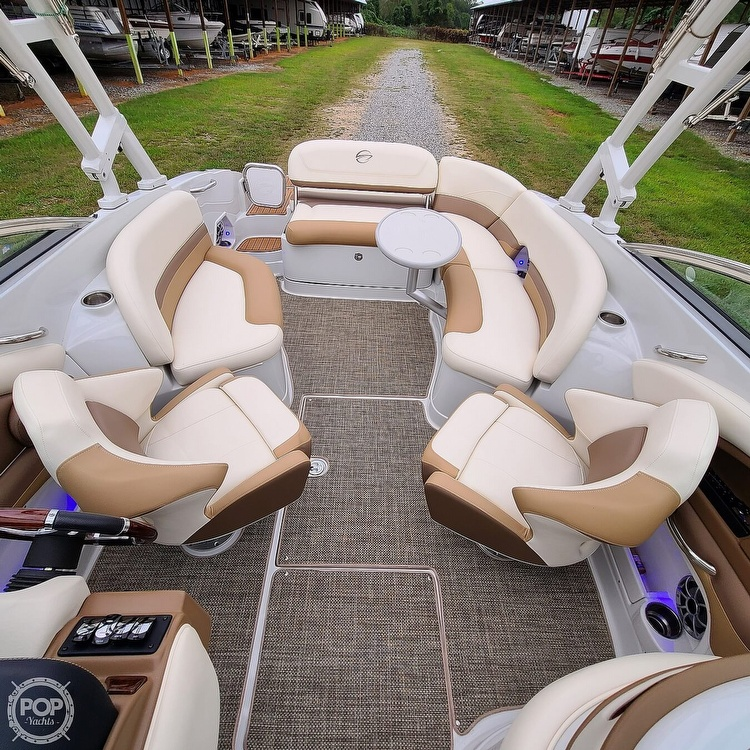 2018 Crownline boat for sale, model of the boat is 275 SS & Image # 5 of 40