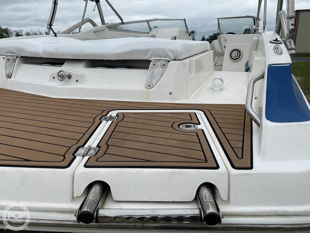 2007 Larson boat for sale, model of the boat is LXI 268 & Image # 12 of 40