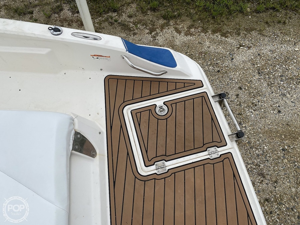 2007 Larson boat for sale, model of the boat is LXI 268 & Image # 34 of 40