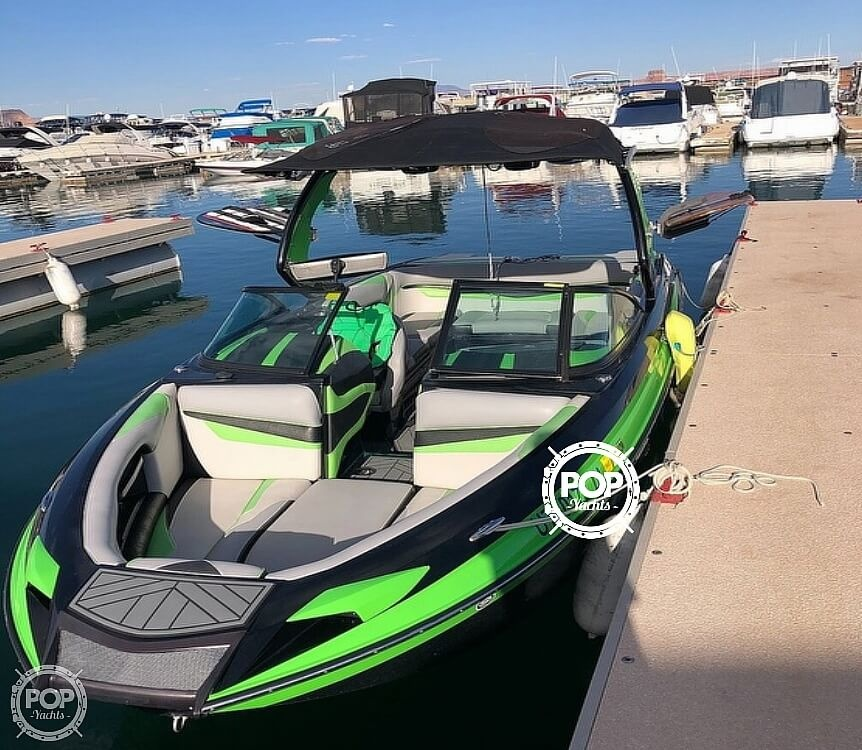 2016 Centurion boat for sale, model of the boat is Ri237 & Image # 10 of 11