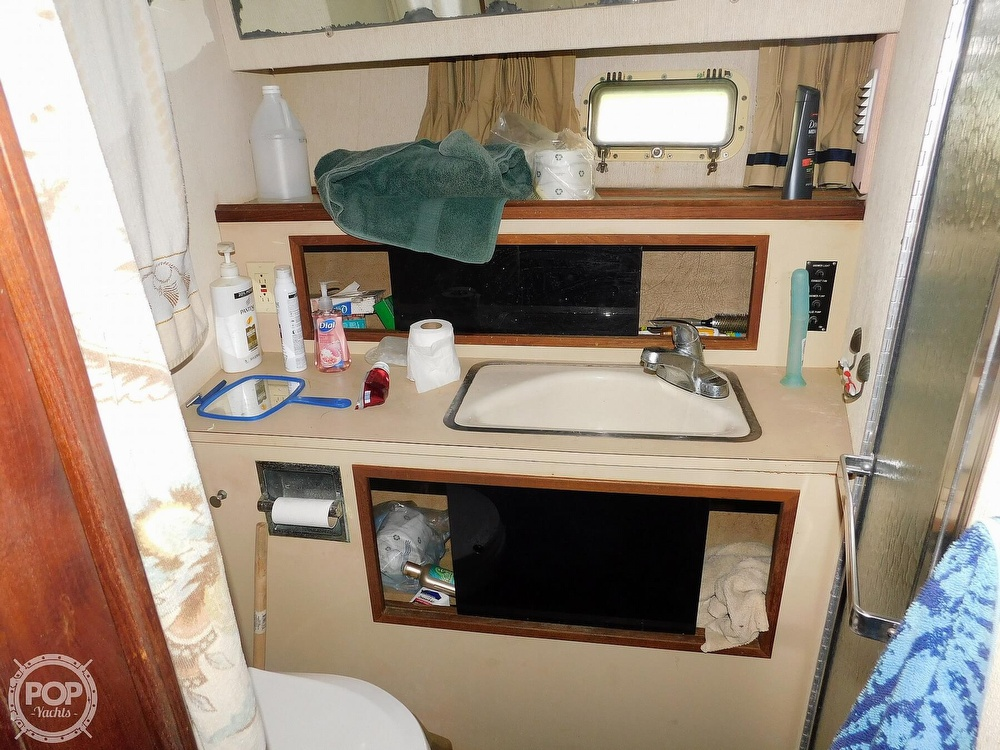 1980 Viking boat for sale, model of the boat is 35 Convertible & Image # 5 of 41