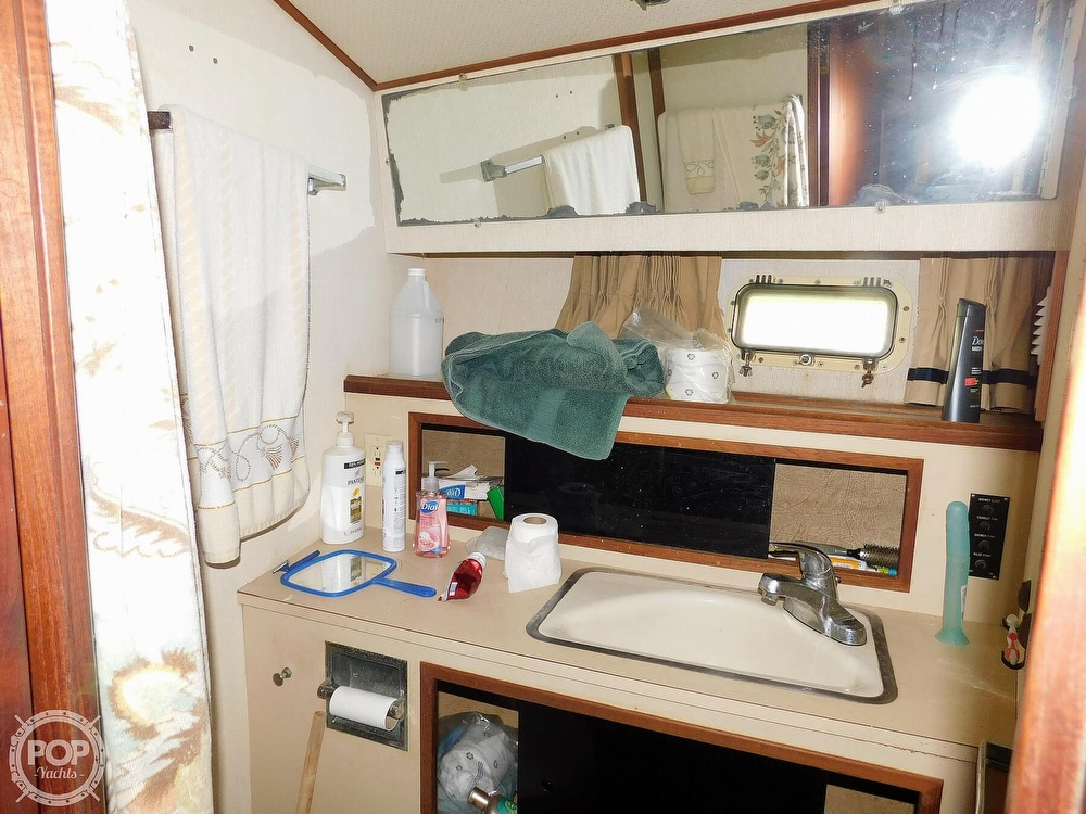 1980 Viking boat for sale, model of the boat is 35 Convertible & Image # 28 of 41