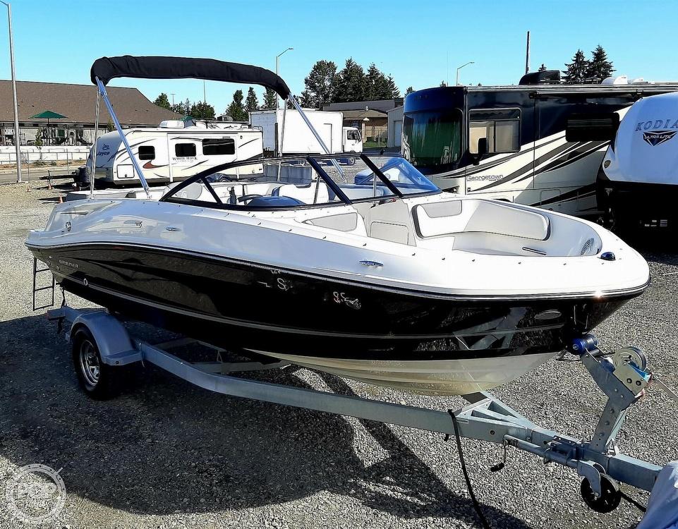 2018 Bayliner boat for sale, model of the boat is vr5 & Image # 37 of 40