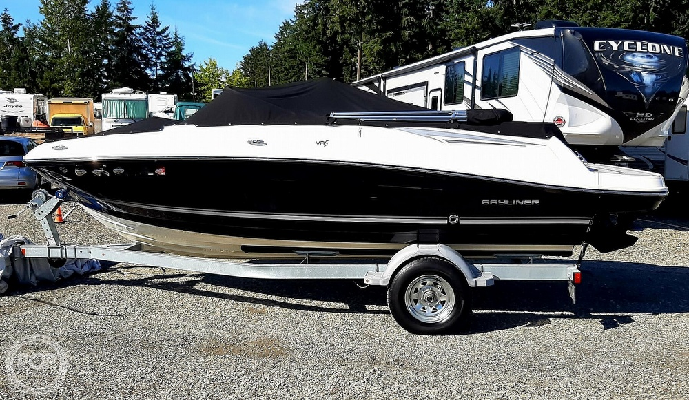 2018 Bayliner boat for sale, model of the boat is vr5 & Image # 39 of 40