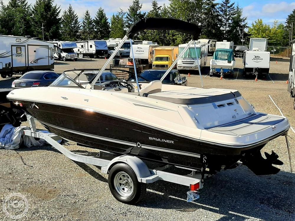 2018 Bayliner boat for sale, model of the boat is vr5 & Image # 5 of 40