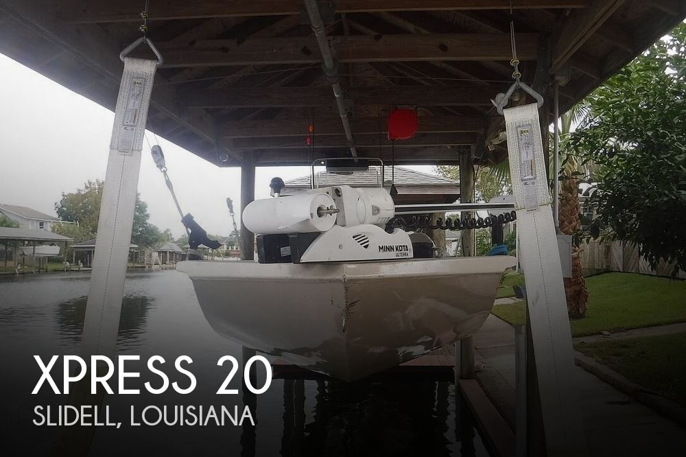 2011 Xpress boat for sale, model of the boat is H20CC Hyperlift & Image # 1 of 41