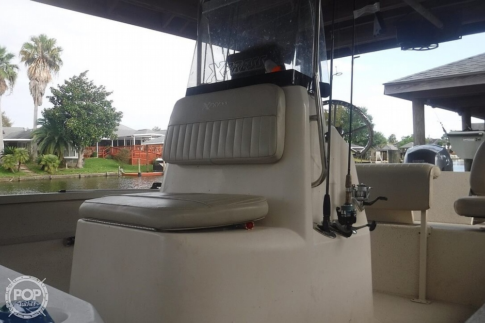 2011 Xpress boat for sale, model of the boat is H20CC Hyperlift & Image # 9 of 41