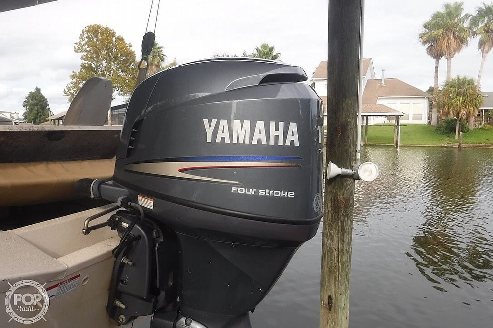 2011 Xpress boat for sale, model of the boat is H20CC Hyperlift & Image # 14 of 41