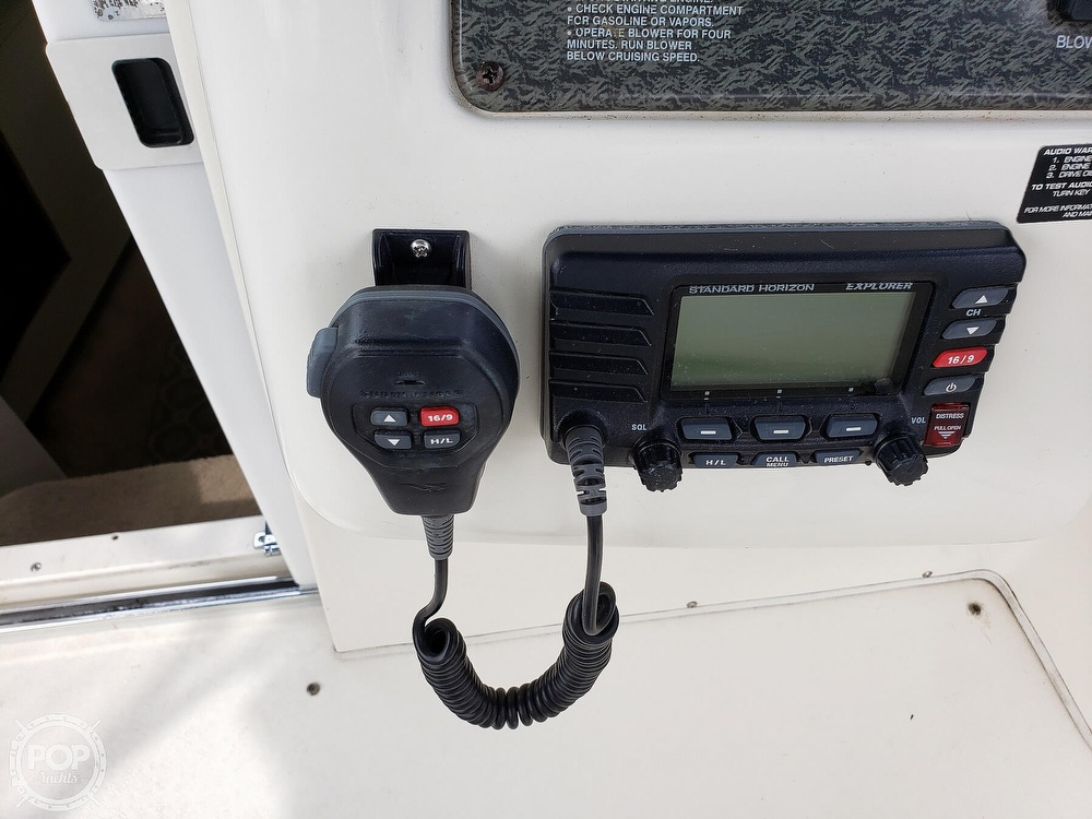 1997 Larson boat for sale, model of the boat is 290 Cabrio & Image # 34 of 40
