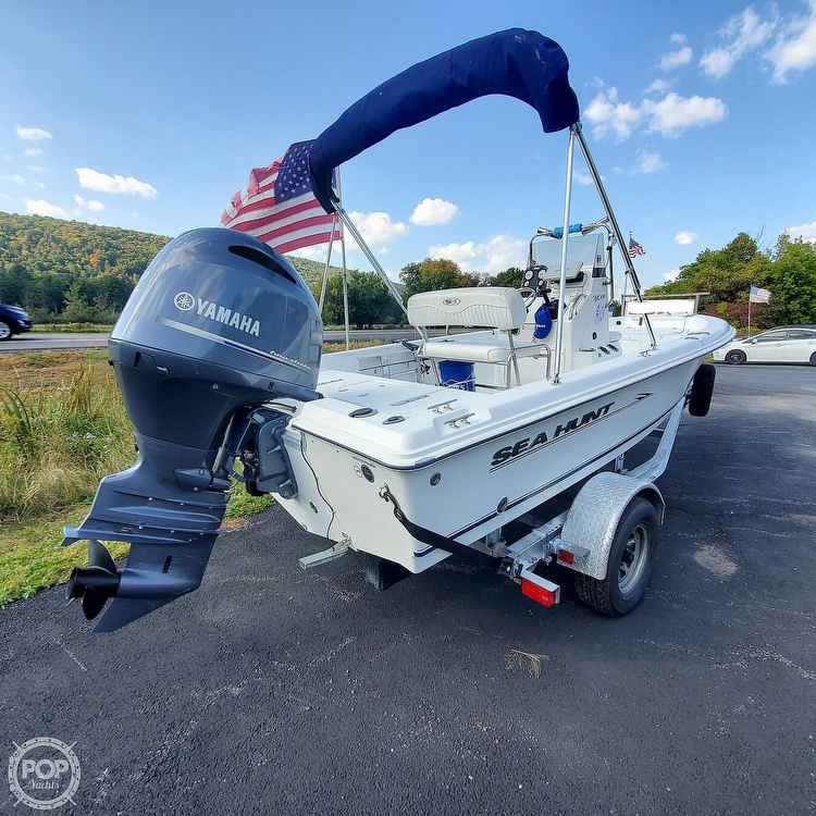 2010 Sea Hunt boat for sale, model of the boat is Bx19 & Image # 11 of 41
