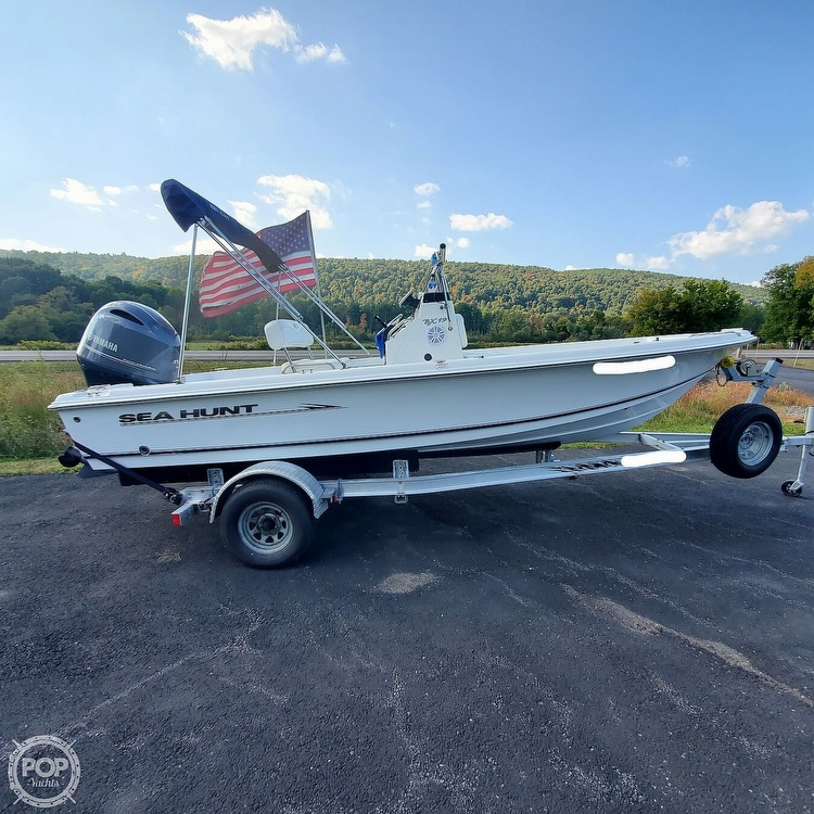2010 Sea Hunt boat for sale, model of the boat is Bx19 & Image # 13 of 41