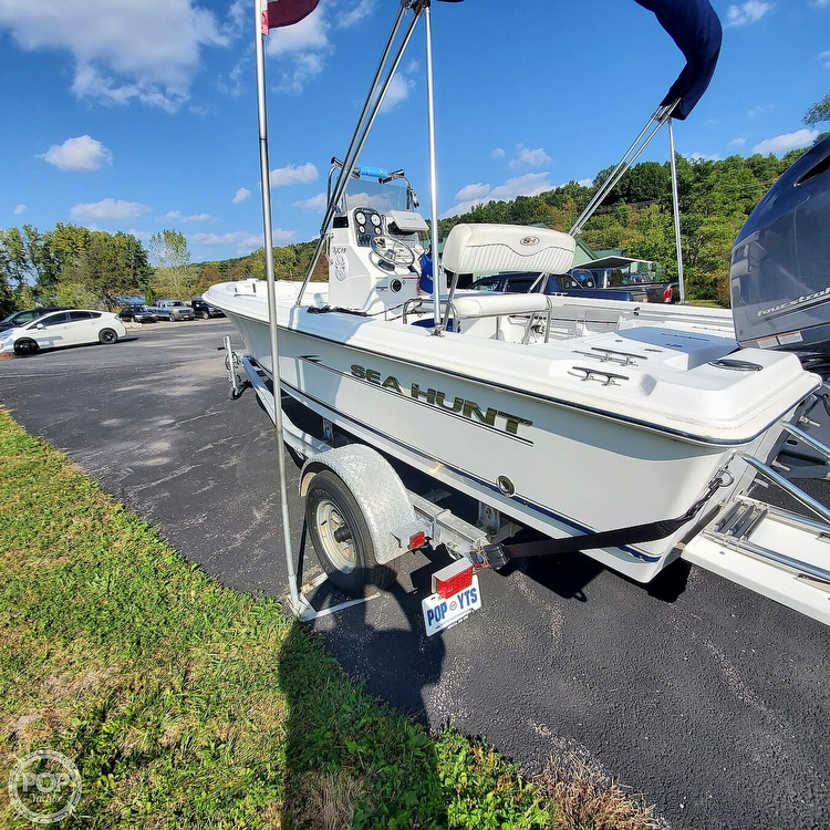 2010 Sea Hunt boat for sale, model of the boat is Bx19 & Image # 18 of 41