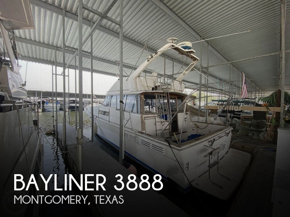 Used Bayliner Boats For Sale in Texas by owner | 1989 Bayliner 3888 Motoryacht
