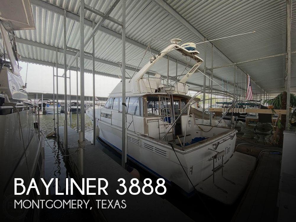 1989 Bayliner boat for sale, model of the boat is 3888 Motoryacht & Image # 1 of 40