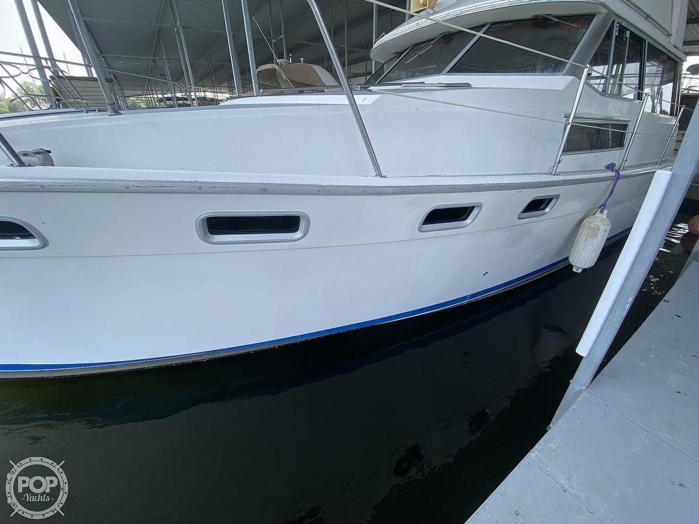 1989 Bayliner boat for sale, model of the boat is 3888 Motoryacht & Image # 5 of 40