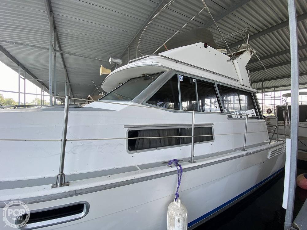 1989 Bayliner boat for sale, model of the boat is 3888 Motoryacht & Image # 7 of 40