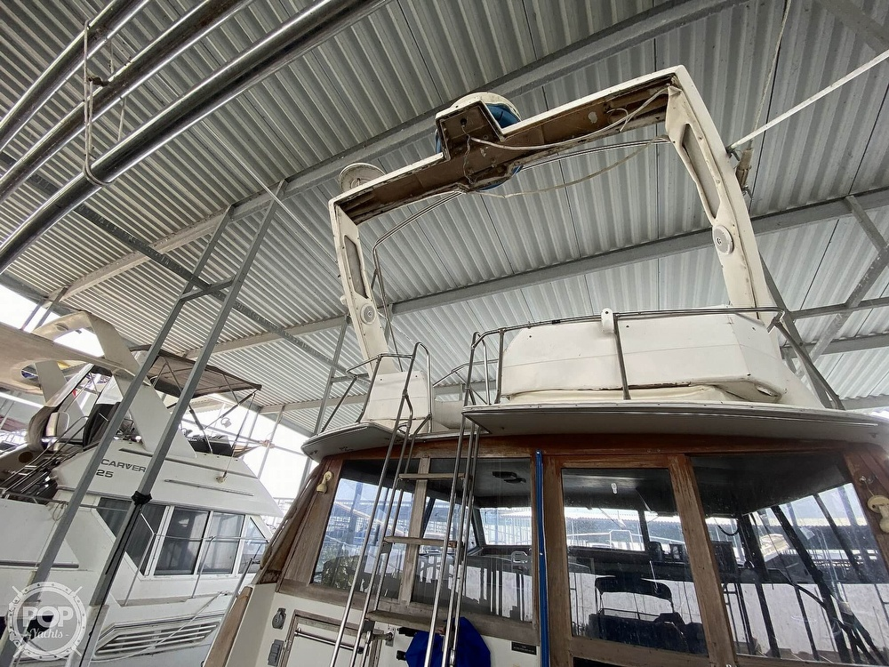 1989 Bayliner boat for sale, model of the boat is 3888 Motoryacht & Image # 17 of 40