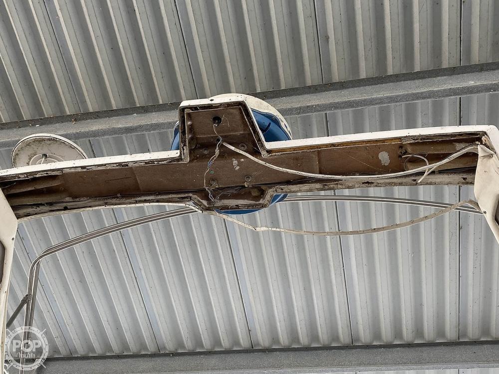 1989 Bayliner boat for sale, model of the boat is 3888 Motoryacht & Image # 19 of 40