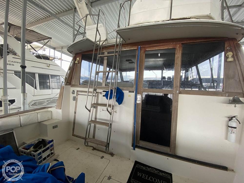 1989 Bayliner boat for sale, model of the boat is 3888 Motoryacht & Image # 21 of 40