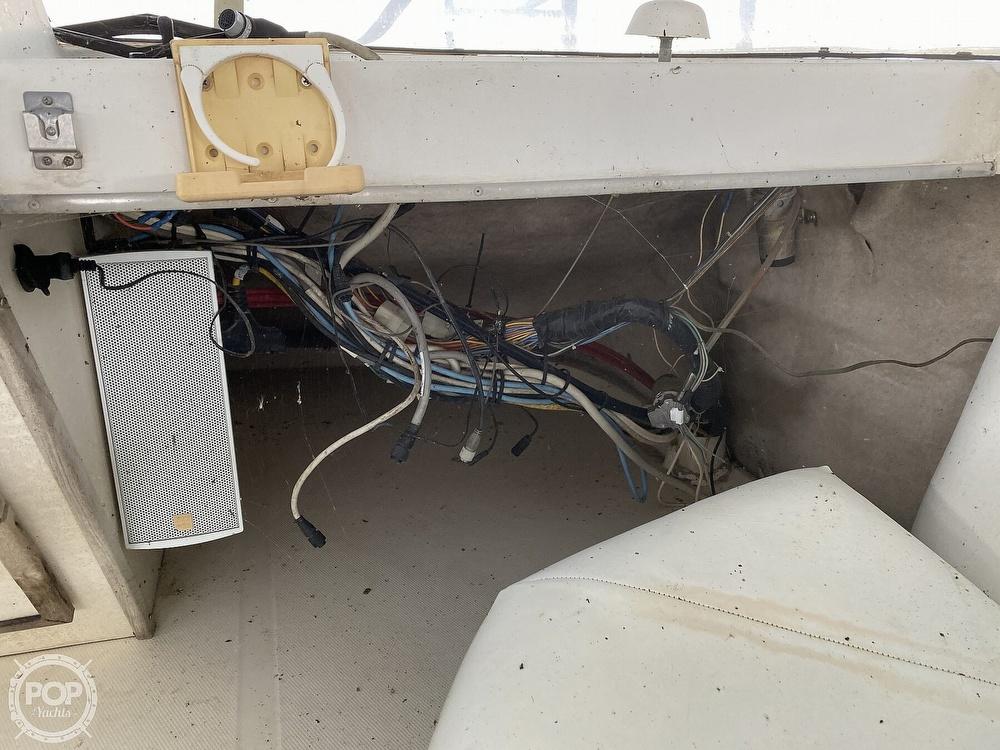 1989 Bayliner boat for sale, model of the boat is 3888 Motoryacht & Image # 38 of 40