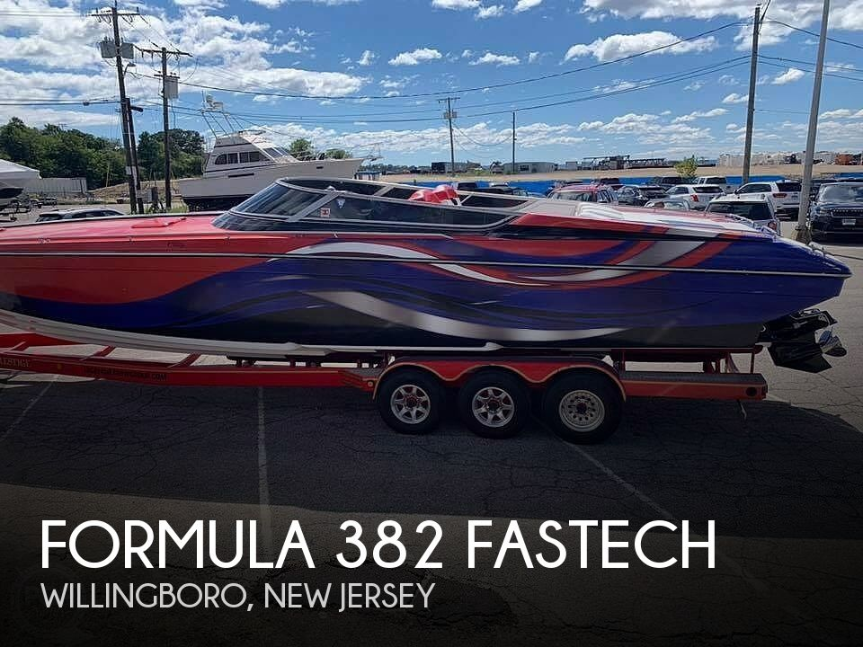1998 Formula boat for sale, model of the boat is 382 Fastech & Image # 1 of 12