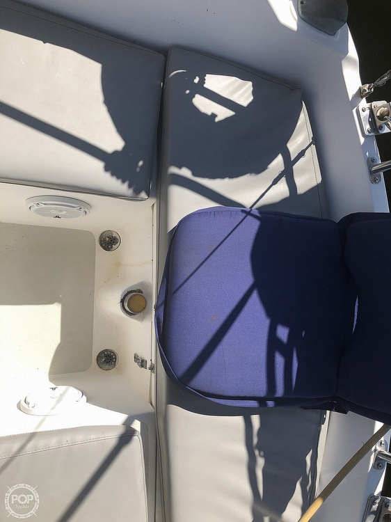 1986 Catalina Yachts boat for sale, model of the boat is 30 & Image # 30 of 40