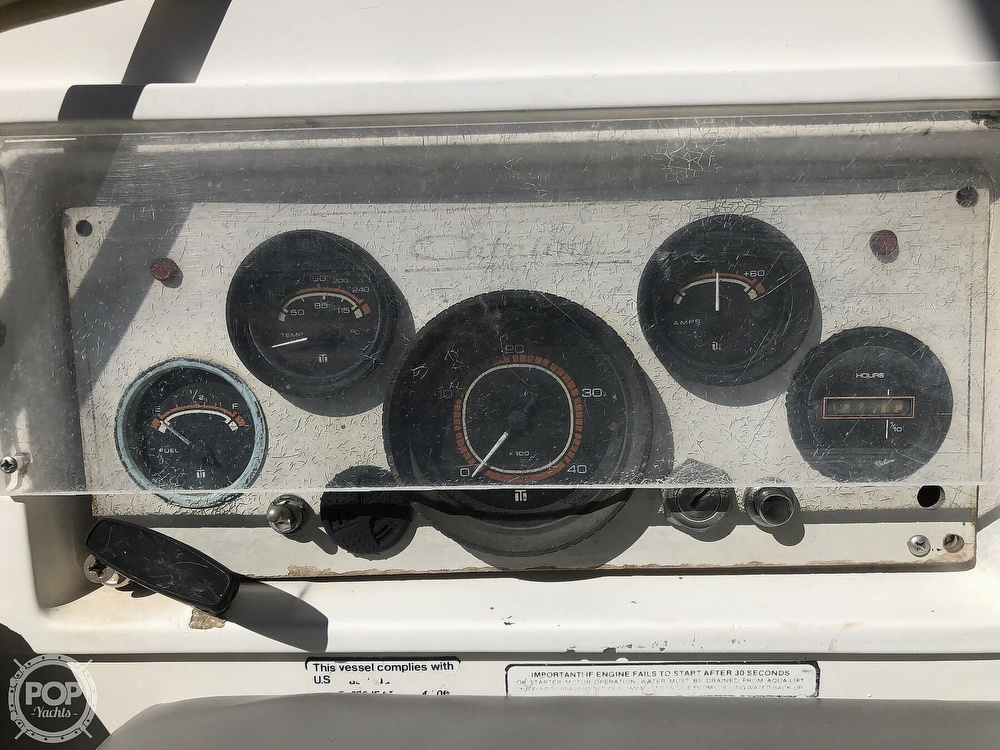 1986 Catalina Yachts boat for sale, model of the boat is 30 & Image # 31 of 40