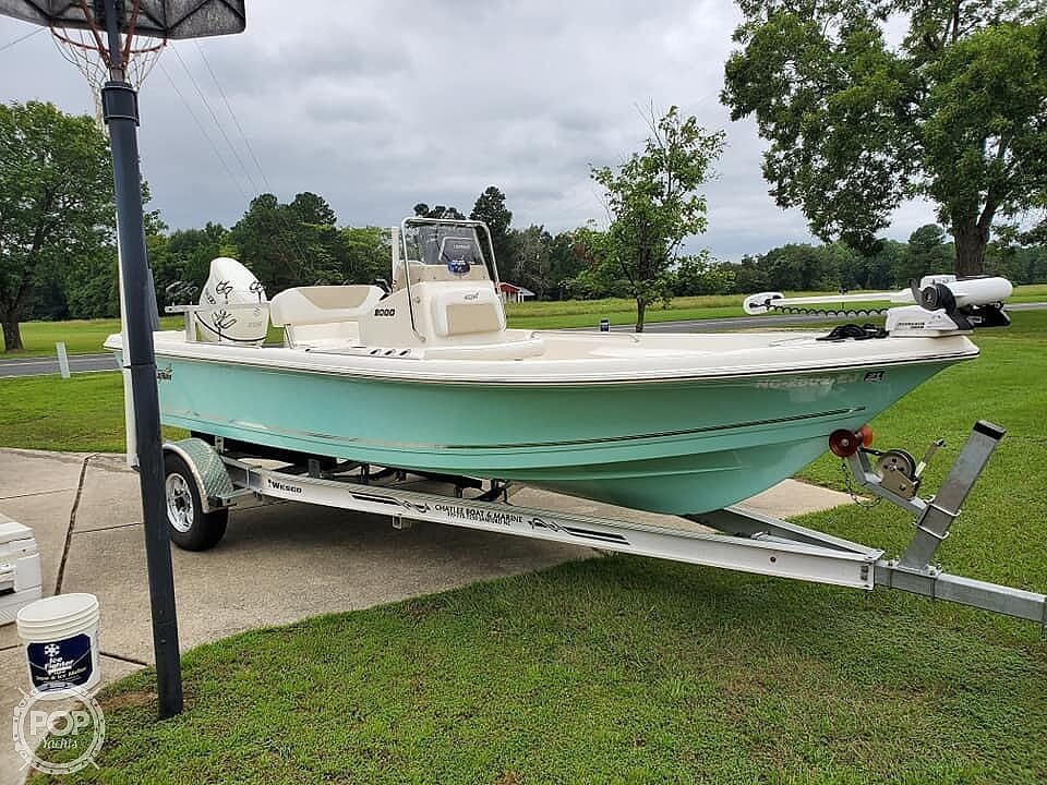2018 Bulls Bay boat for sale, model of the boat is 2000 & Image # 17 of 41