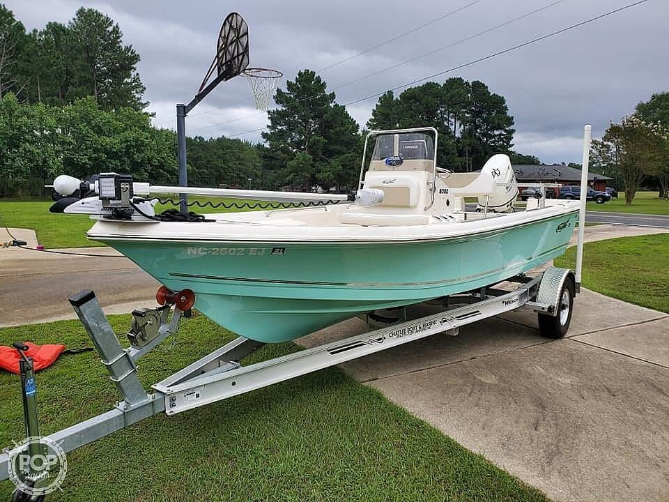 2018 Bulls Bay boat for sale, model of the boat is 2000 & Image # 18 of 41