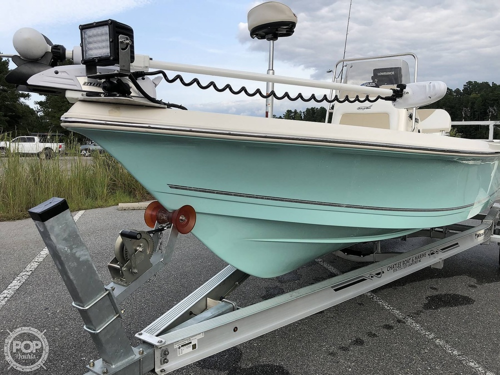 2018 Bulls Bay boat for sale, model of the boat is 2000 & Image # 5 of 41