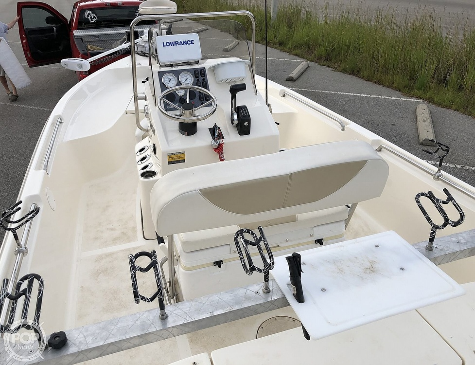 2018 Bulls Bay boat for sale, model of the boat is 2000 & Image # 9 of 41