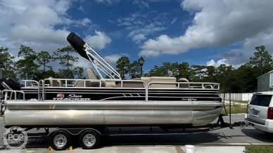 Sun Tracker Fishin Barge 22 DLX, 22, for sale - $37,900