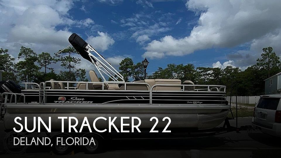 2020 Sun Tracker boat for sale, model of the boat is Fishin Barge 22 DLX & Image # 1 of 9