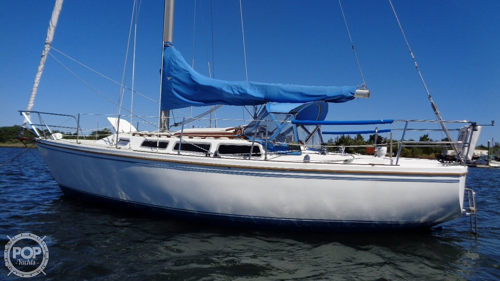 1985 Catalina Yachts boat for sale, model of the boat is 30 Tall Rig & Image # 6 of 41