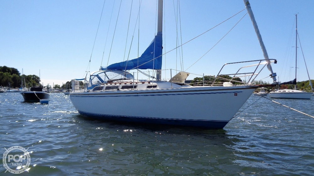 1985 Catalina Yachts boat for sale, model of the boat is 30 Tall Rig & Image # 13 of 41