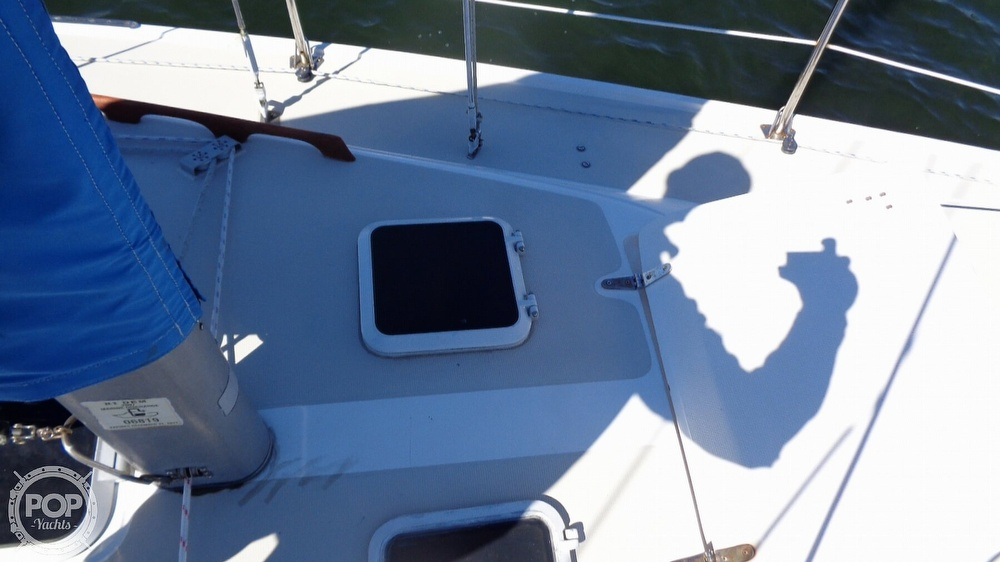 1985 Catalina Yachts boat for sale, model of the boat is 30 Tall Rig & Image # 36 of 41