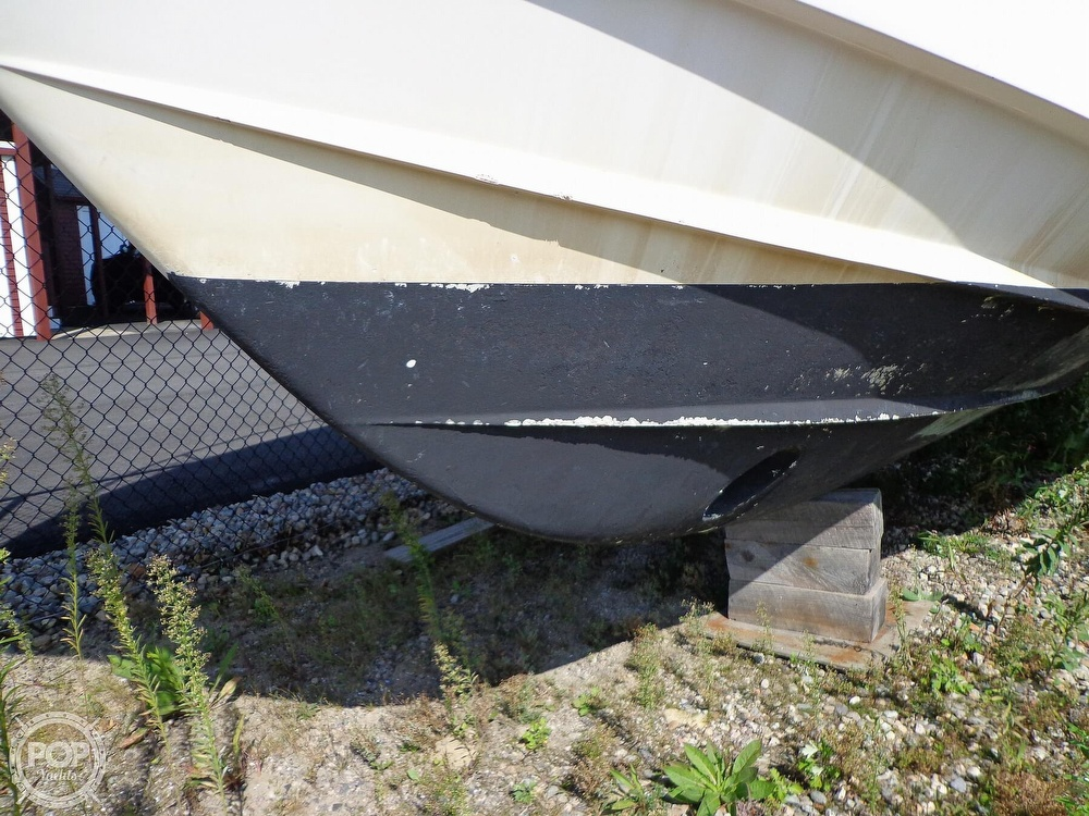 2006 Grady-White boat for sale, model of the boat is 330 Express & Image # 15 of 40