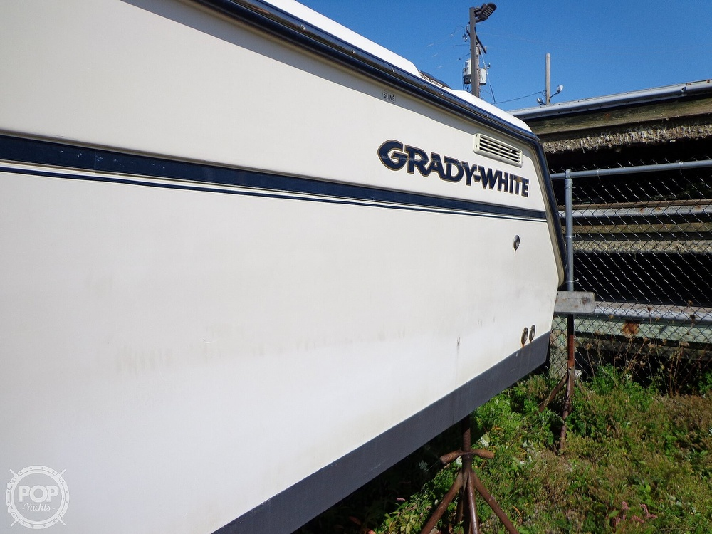 2006 Grady-White boat for sale, model of the boat is 330 Express & Image # 28 of 40