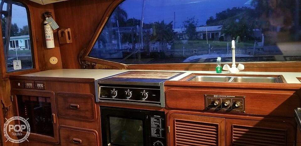 1987 Pace boat for sale, model of the boat is 36 & Image # 10 of 22